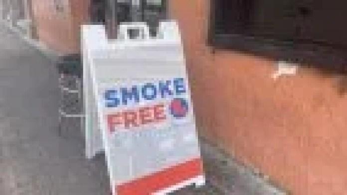 Smoke Free Louisiana sign