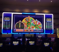 Gambler's $1.25 bet wins $939K jackpot at Harrah's hotel-casino