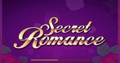 Screenshot image of Secret Romance slots loading screen