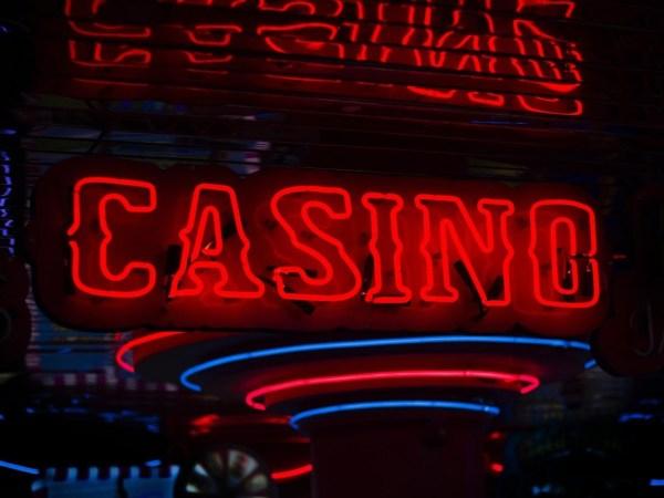 How Internet Tech Advances Revolutionized the Casino Industry