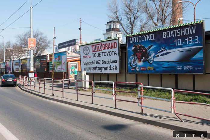 Magistrát navrhuje do územného plánu prísnu reguláciu reklamných stavieb