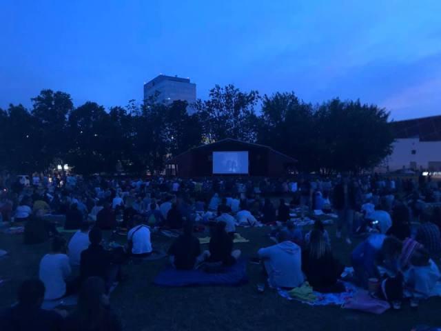 Letné kino na Kuchajde