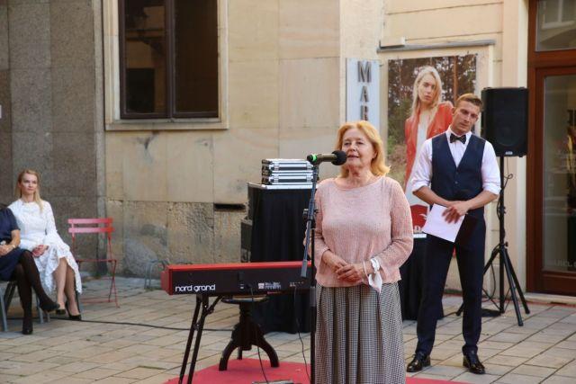 Filmový chodník slávy - manželka Milana Lasicu Magda Vášáryová