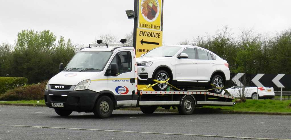 vehicle recovery   car recovery services