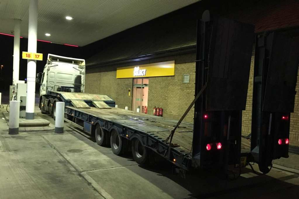 low loader tail