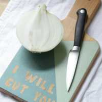 DIY Hostess Gift: Painted Cutting Board (With Ace Giveaway!)