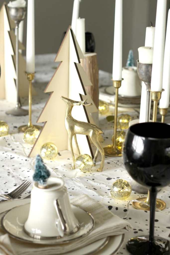 brass-deer-christmas-table