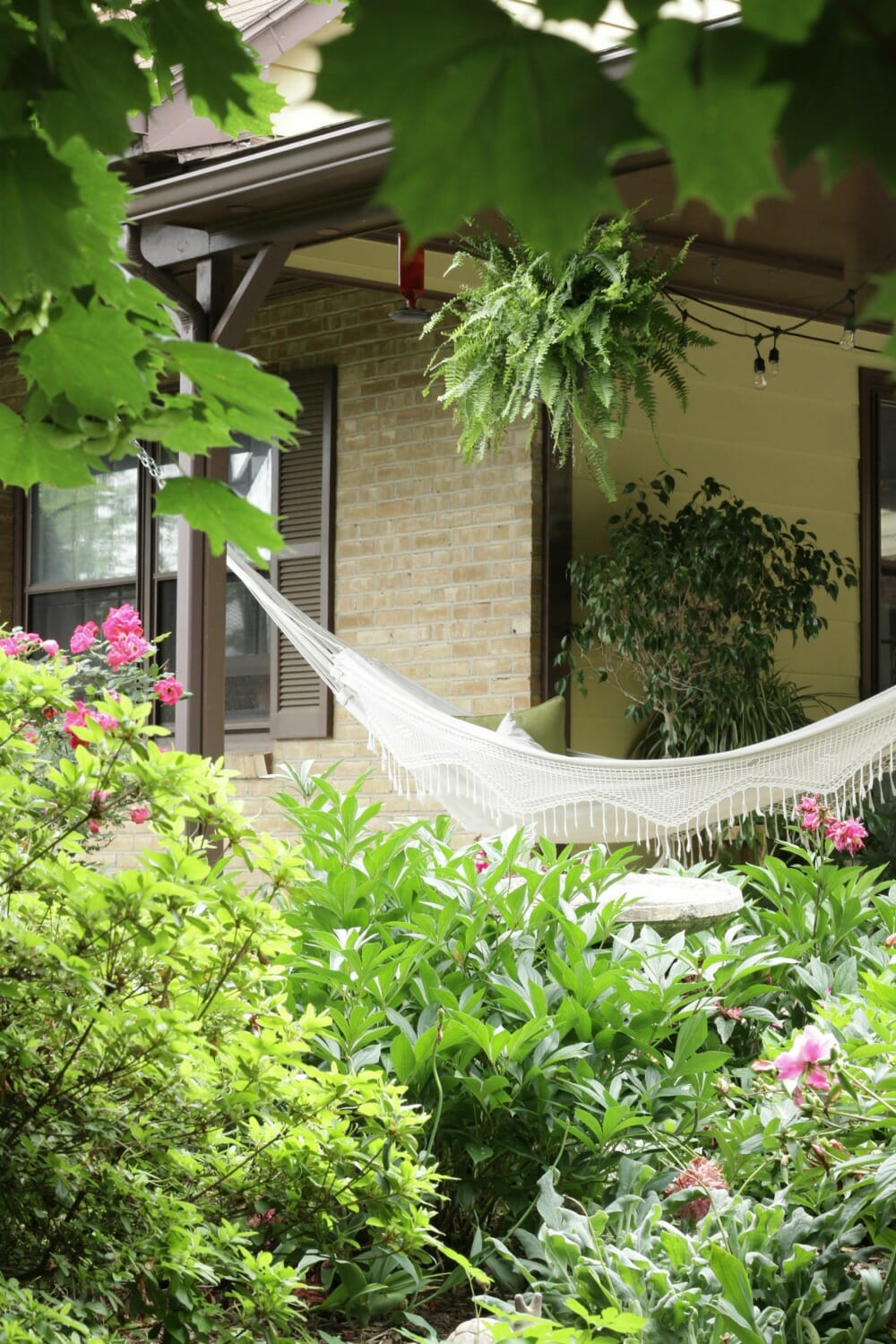 porch photo hammock sleep on structure outdoor hanging relax garden relaxing hang gardening white stock wooden linen backyard