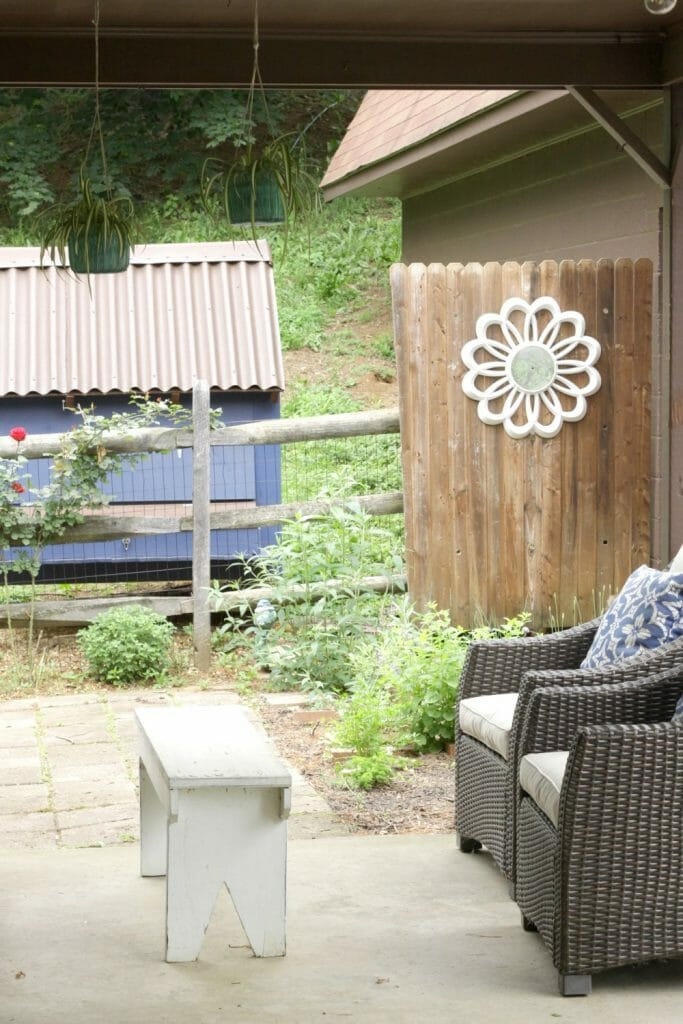 Fancy Midcentury clock as garden decor