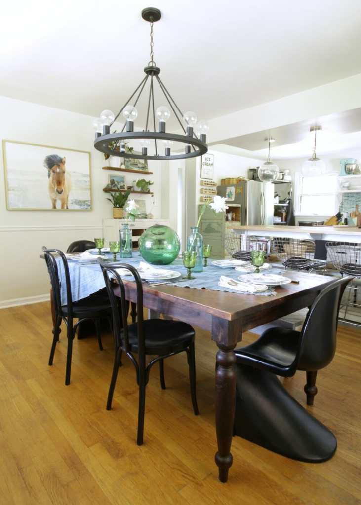 Modern Boho Farmhouse Dining Room at Summertime