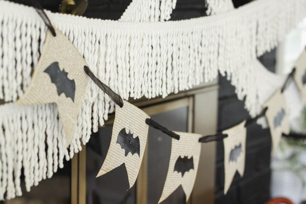 DIY Bat Bookpage banner