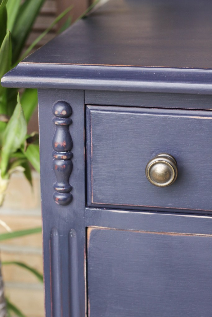 Simple Knobs on classic navy dresser