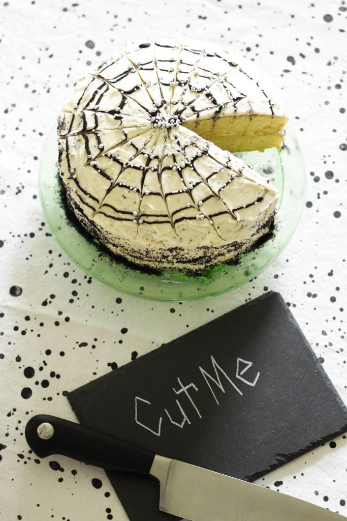 Spiderweb Halloween Cake