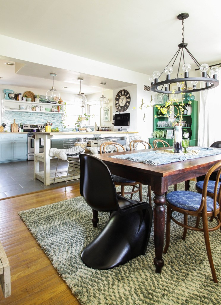 Dining Room Rug Refresh- making spaces flow