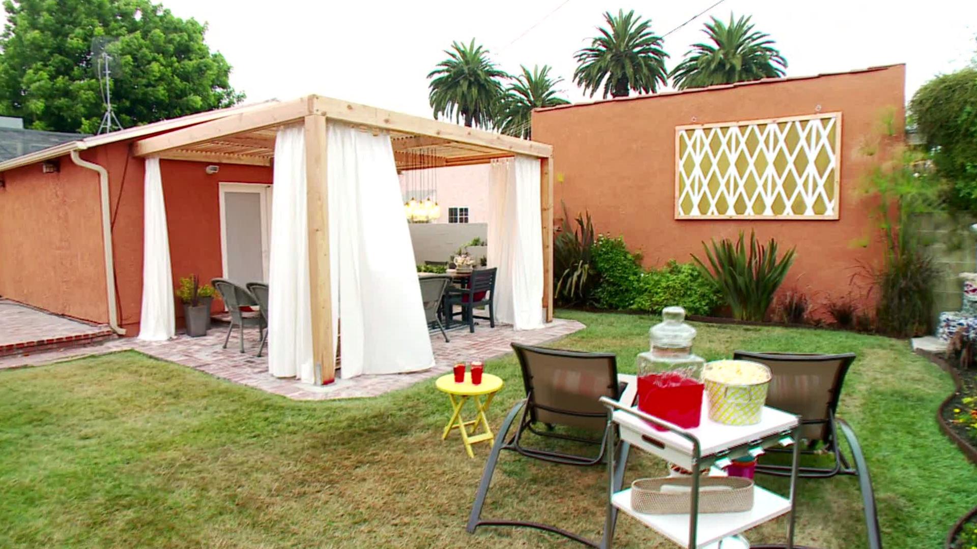 12 Budget-Friendly Backyards - Castel on Backyard Patio Designs On A Budget  id=87767