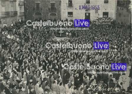 Foto 1 Primo maggio 1953 comizio del Partito Comunista Italiano
