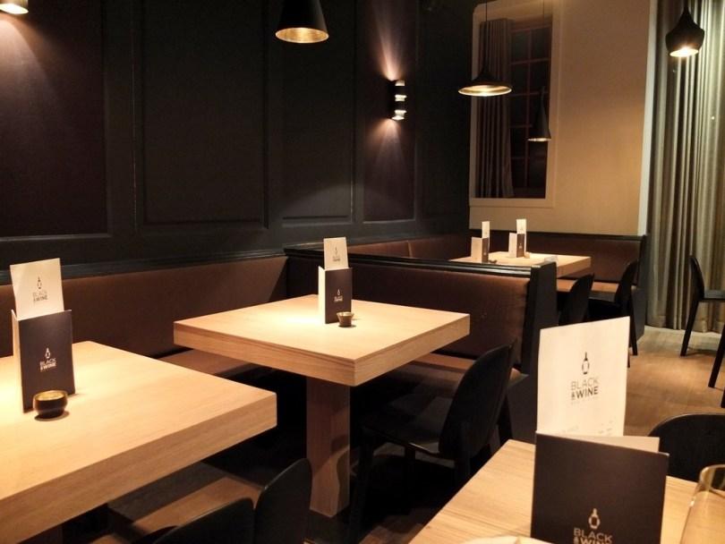 blackandwine-salle