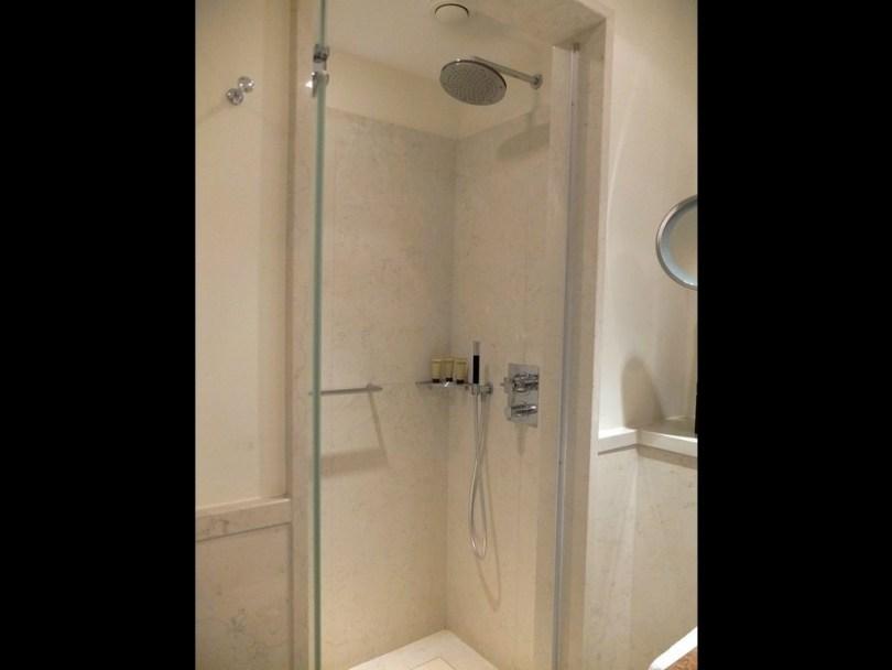 roccoforte-charleshotel-deluxe-room-sd3