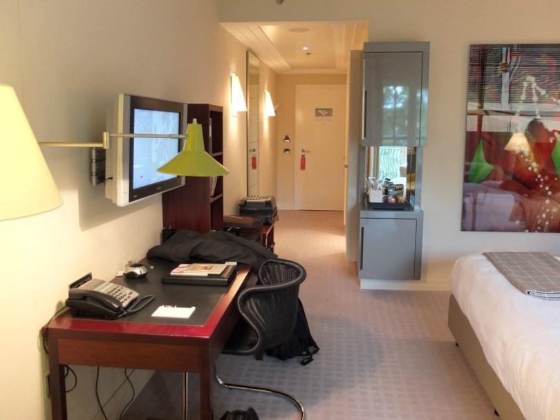 roccoforte-charleshotel-deluxe-room6
