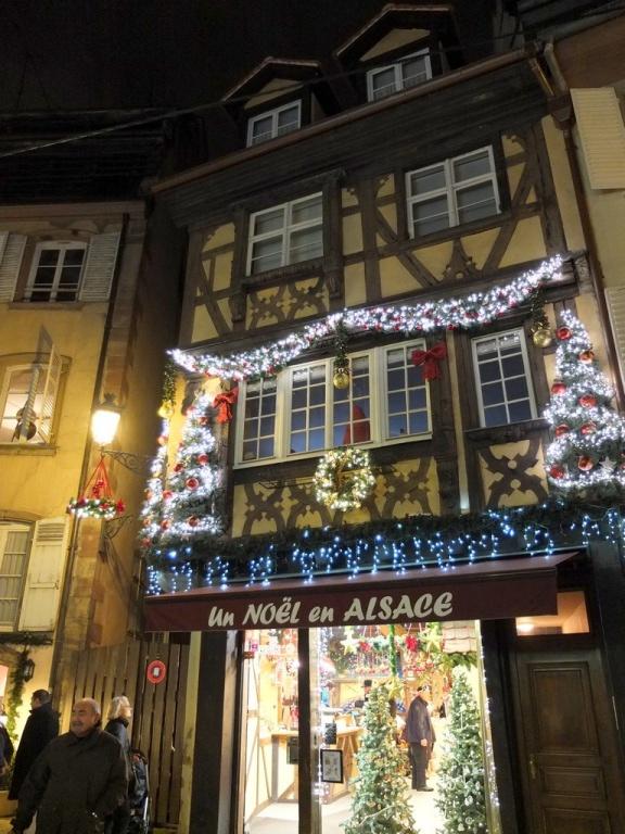 strasbourg-noel-2013-dentelle2