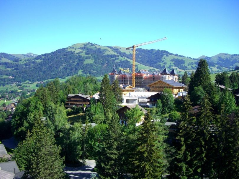 The Alpina Gstaad en construction (2011)