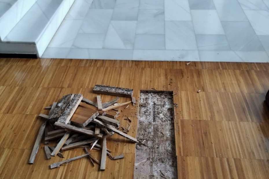 Levantamiento de madera por humedad