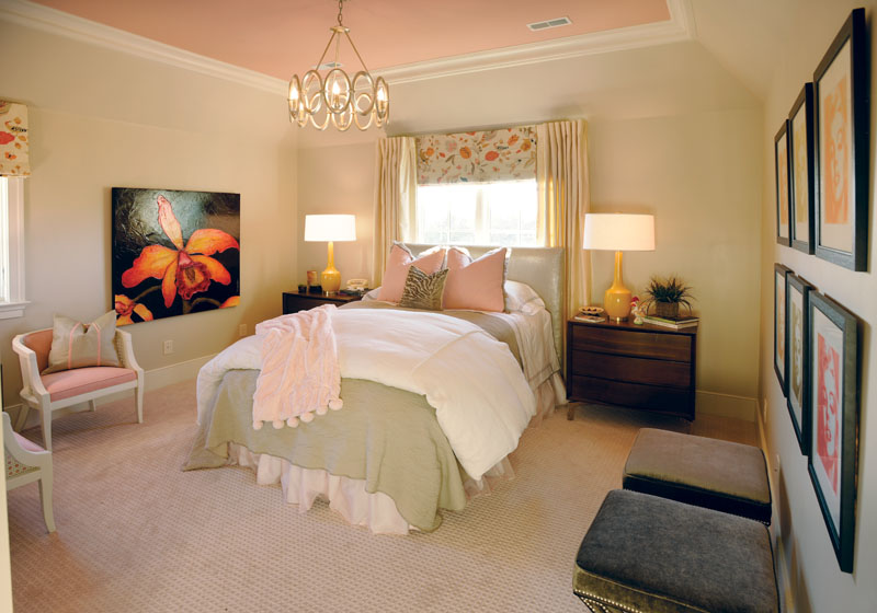 Vintage Pink Brings Southern Sophistication To Showcase