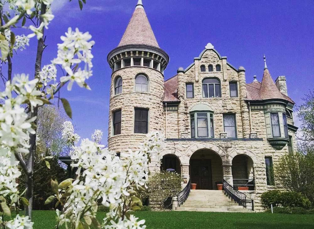 Spring Has Sprung at Castle La Crosse
