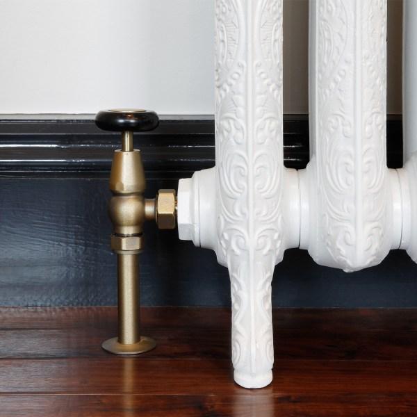 Windsor Natural Brass Manual radiator valve with matching shrouds