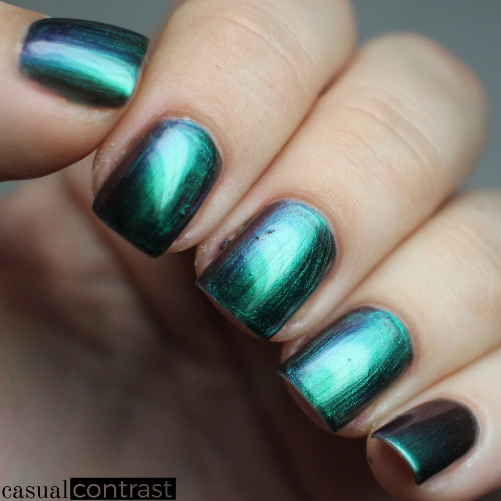 Hypnotic from the LeChat Perfect Match Metallux Collection: Swatches & Review • Casual Contrast