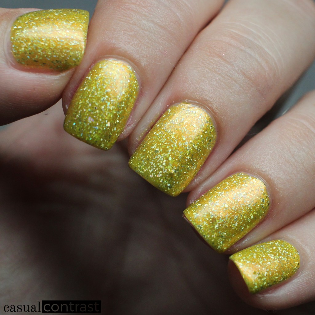 KBShimmer Squeeze The Day from the KBShimmer Summer Vacation Collection • Casual Contrast