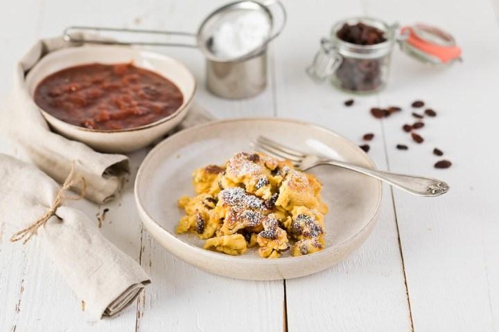 fluffiger Kaiserschmarrn Rosinen Zwetschgenröster casual cooking österreichischer food blog