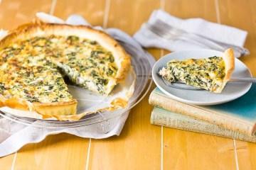 Quiche mit Lachs Spinat Feta Mascarpone casual cooking österreichischer food blog