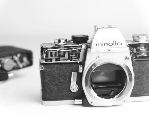 mechanical camera minolta srt