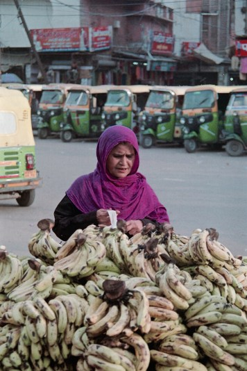 india-on-film-shaq-baker04
