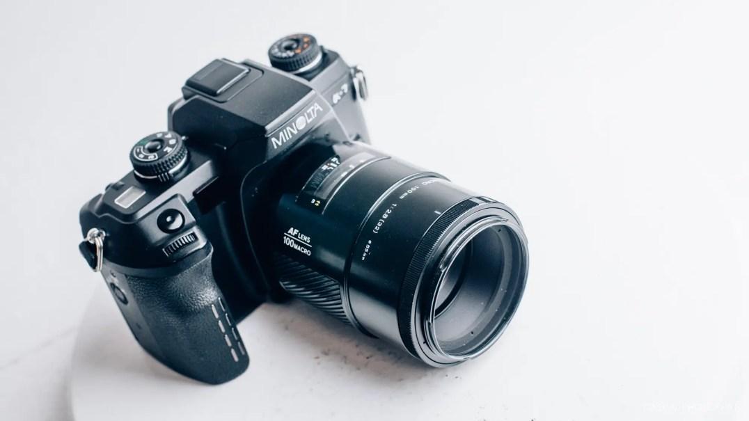 minolta a7 100mm macro lens product photos-10