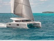 lagoon-42-fly-catamaran-sailing-yacht-charter-greece-12