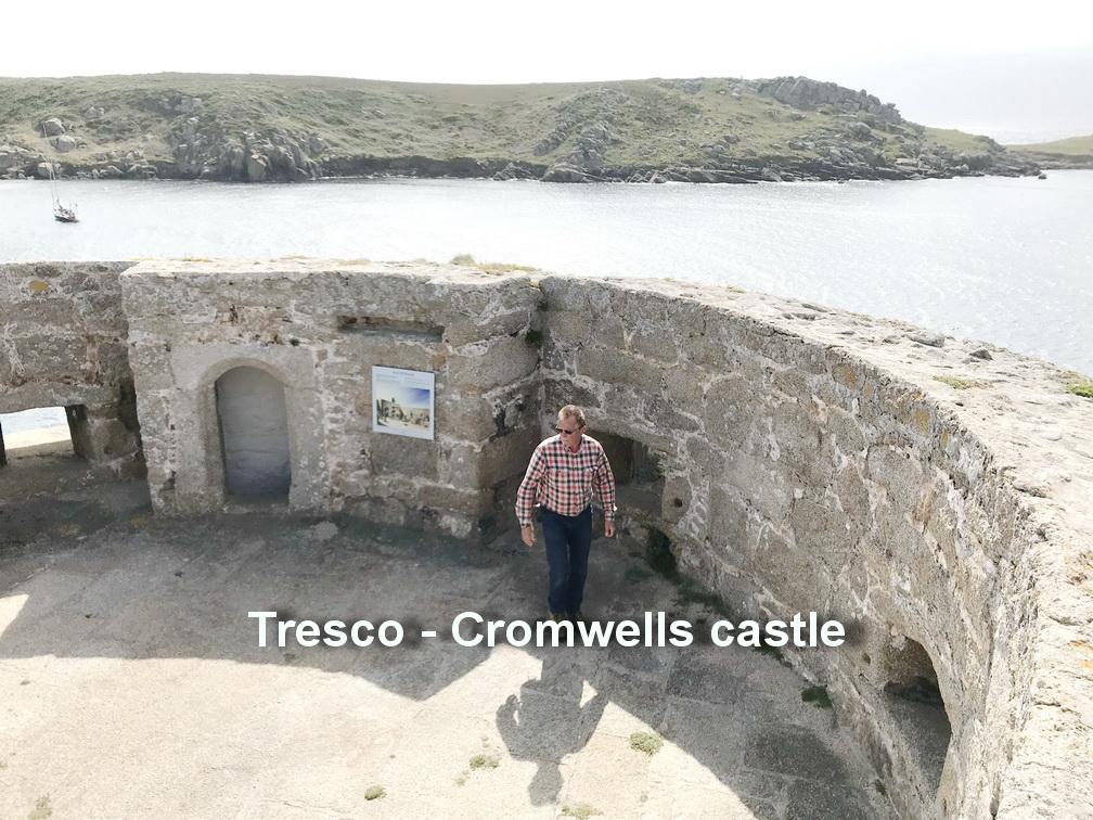 Tresco - Cromwells castle2