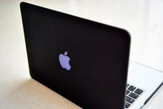 "Macbook Pro 13"" retrain"