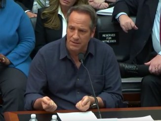 Mike-Rowe-Capitol-Hill Photo