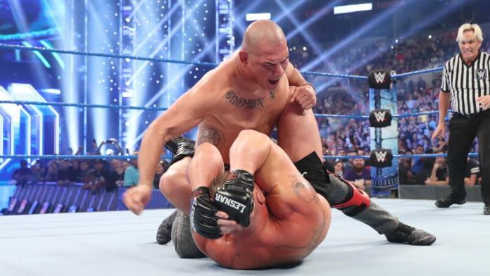 Cain Velasquez débute à la WWE