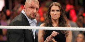 La grande fille de Stephanie McMahon s'entraîne
