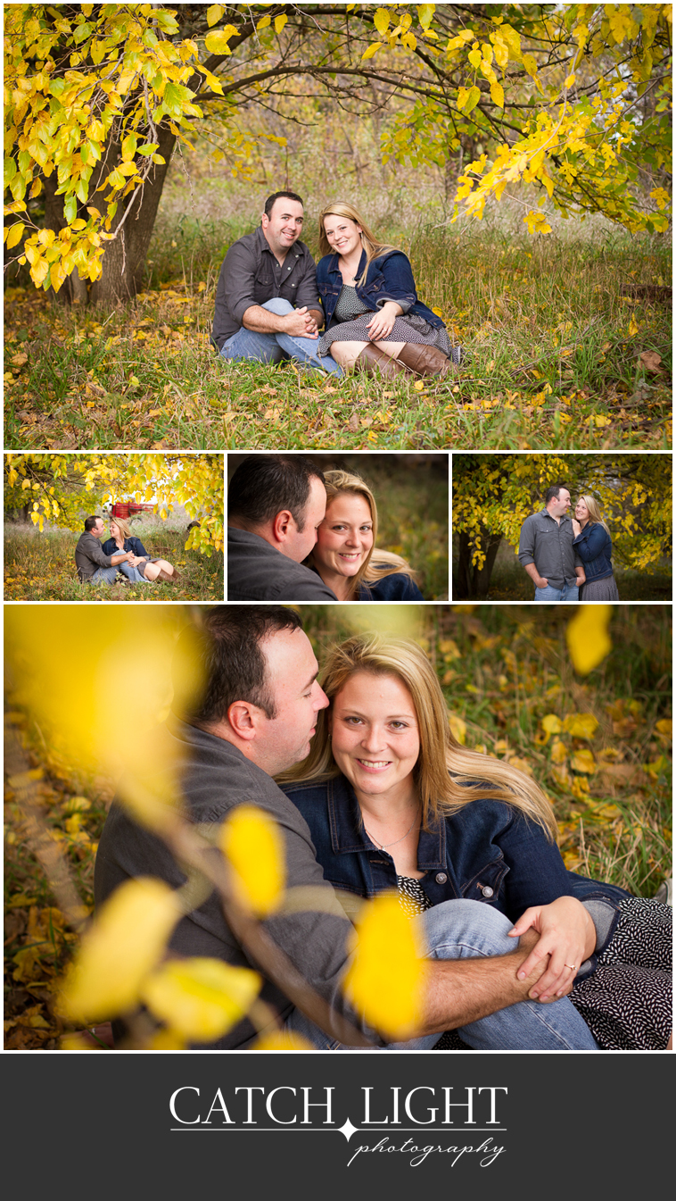 01_Fall leaves Engagement Photos