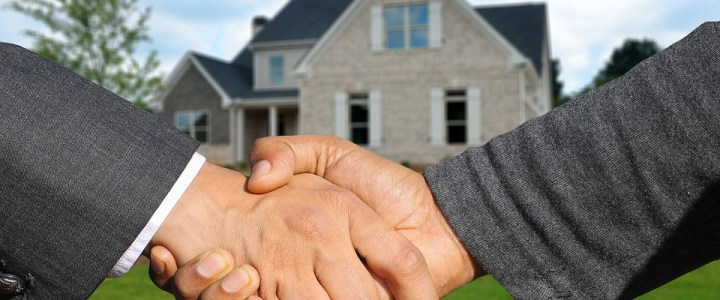 Top Tips for Buying Your First Home