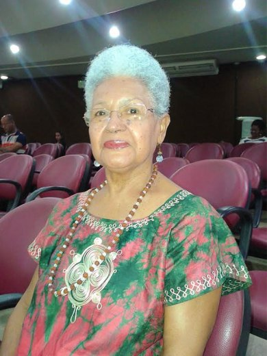Professora Eliete Santiago