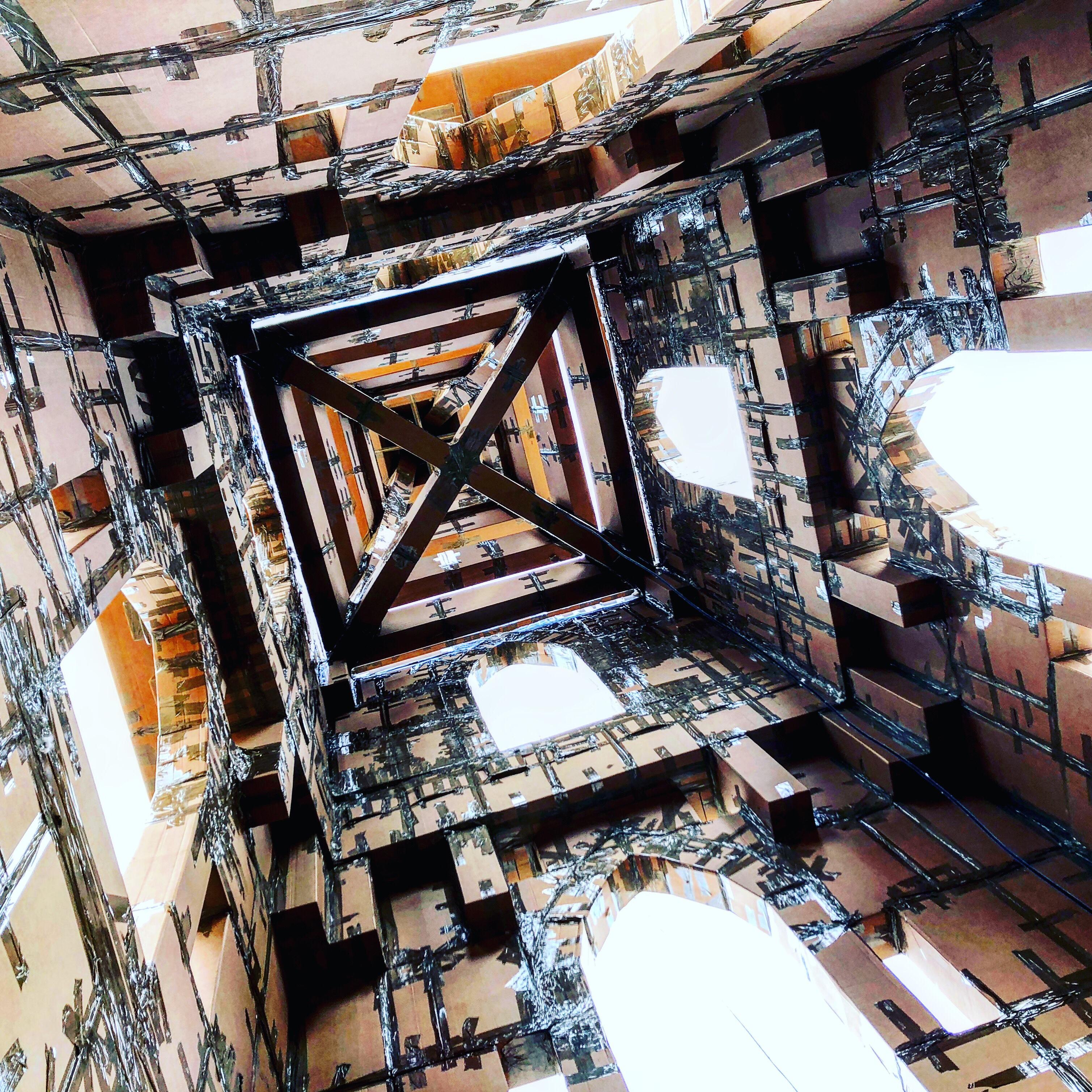 #Matera2019 Cattedrali di cartapacco e scotch
