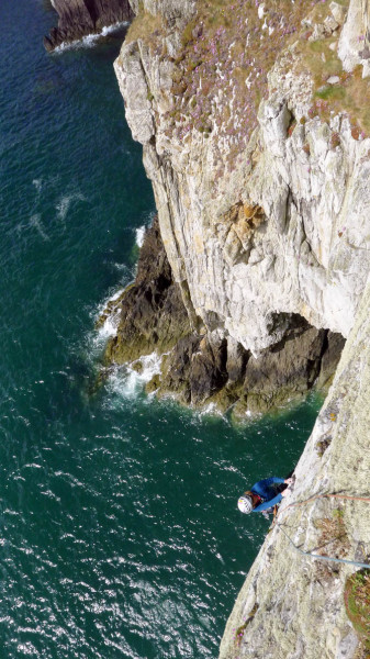 A look down over the last pitch of Toiler on the Sea. A fine bit of rock climbing.