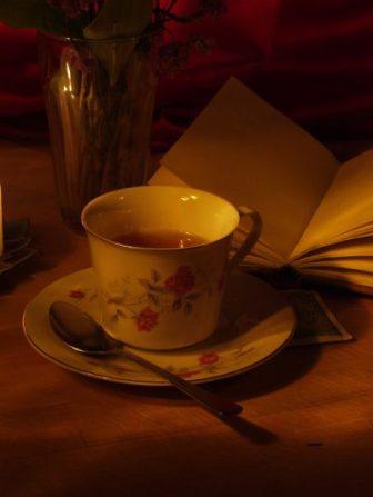 chamomile tea before bed for good sleep