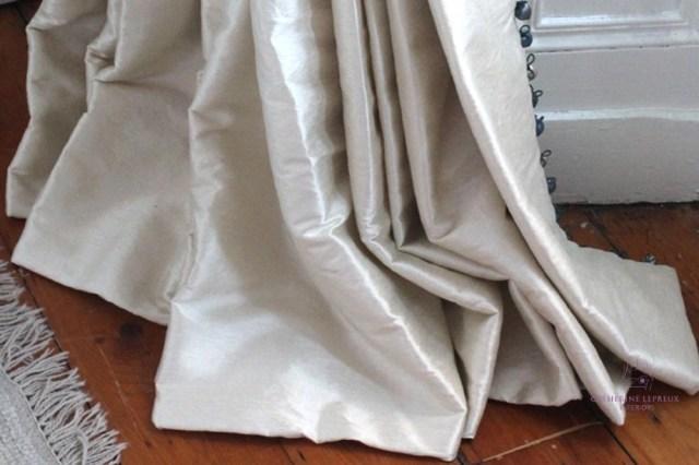 Curtain maker Edinburgh bespoke curtains pooling on floor