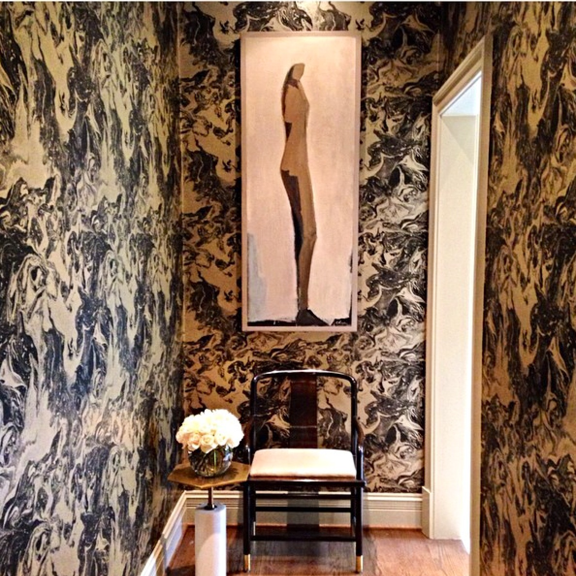 A Hallway By Michel Boyd Lined With Stunning Marbleized Paper Is Perfect Prelude For The Magic That Lies Ahead Designers Suite Of Rooms Included